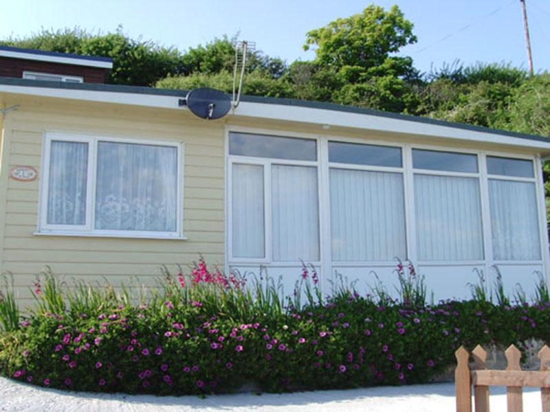 Ventnor Villa Breaks – self-catering villa with sea views